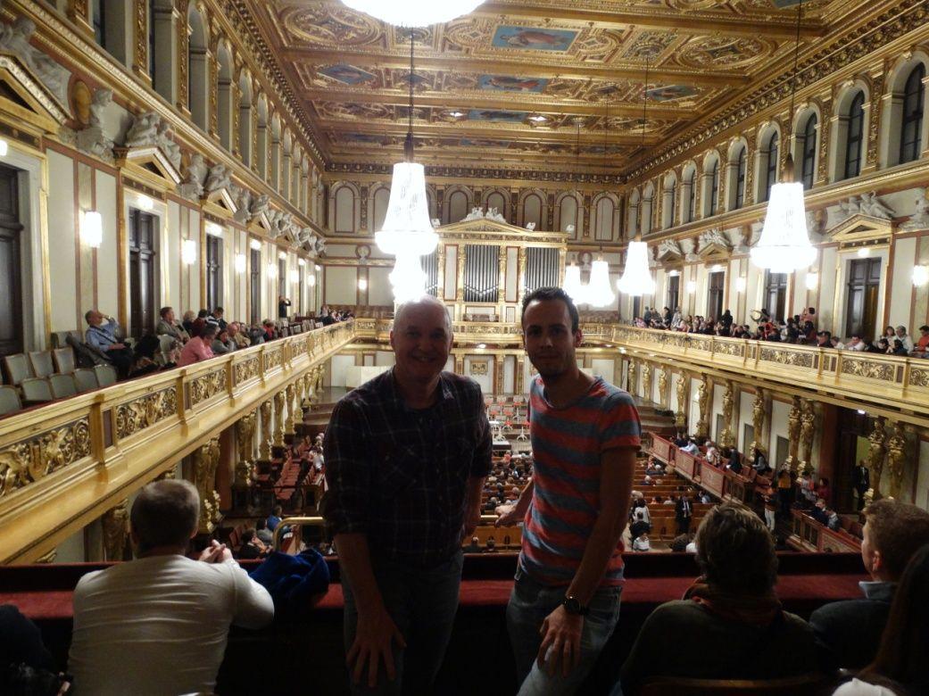 Voor aanvang van het concert in de Gouden Zaal