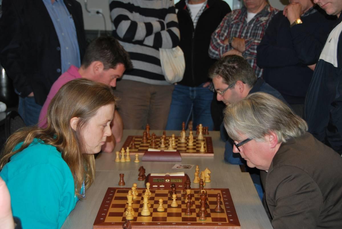 In de grand finale ging ik kansloos onderuit tegen John van Ginkel (fotot: website Elster Toren)