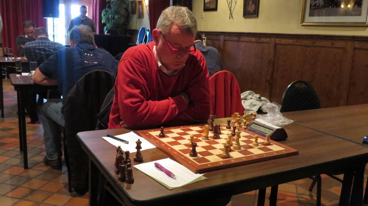 Een redelijk kansloze nederlaag van Michel tegen een sterke tegenstander.