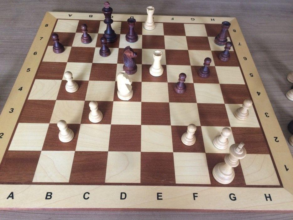 Figuur 5 Wil speelde hier het onzalige Pe6+. Gevolgd door ... - Kd6. Pf8! - Tde7!......Te6!! 1-0